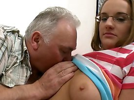 The old guy can't believe his luck when Amy gets his cock in her mouth and sucks on it like it's some sort of fucking popsicle.  Who wouldn&