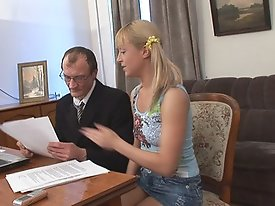 Hot platinum blonde schoolgirl gets her virgin slit popped to keep up with her classes.