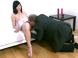 She might be young and inexperienced but she certainly knows what she likes when it comes to oral sex.  Just look at the way she performs when her old